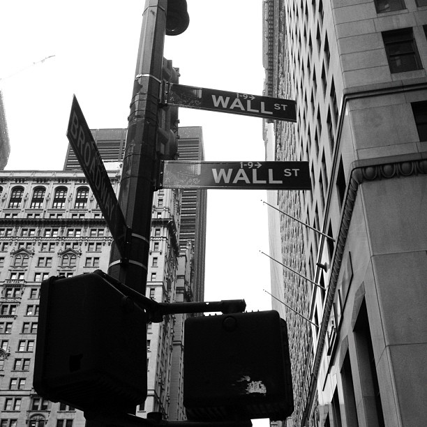 wall street by broadway, new york
